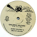 Bunny Maloney, Delroy Wilson - Children Welfare; Version