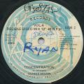 Horace Andy, Ray I - Lonely Woman (Crystal)