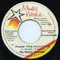 Mighty Diamonds - Pass The Kouchie (Music Works)